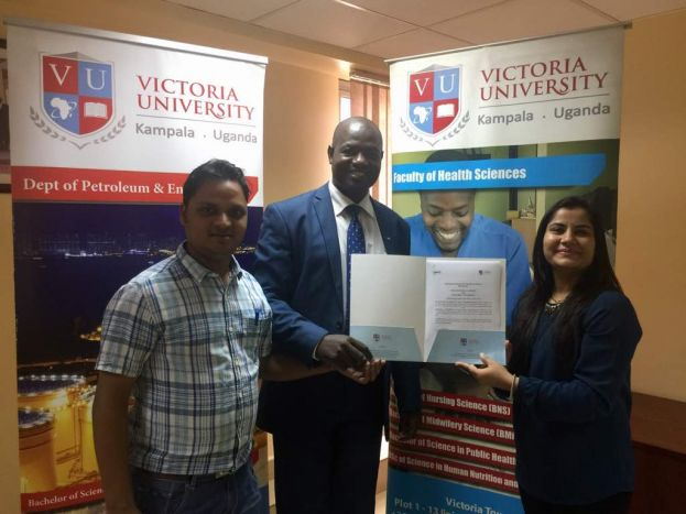 Victoria University Vice Chancellor Dr. Shama and other officials