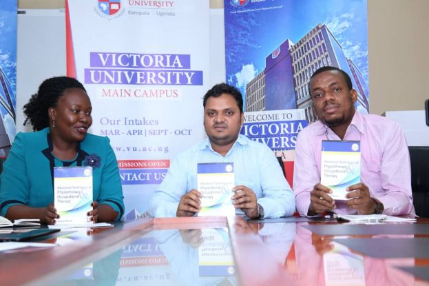Victoria University VC (M) launching the book