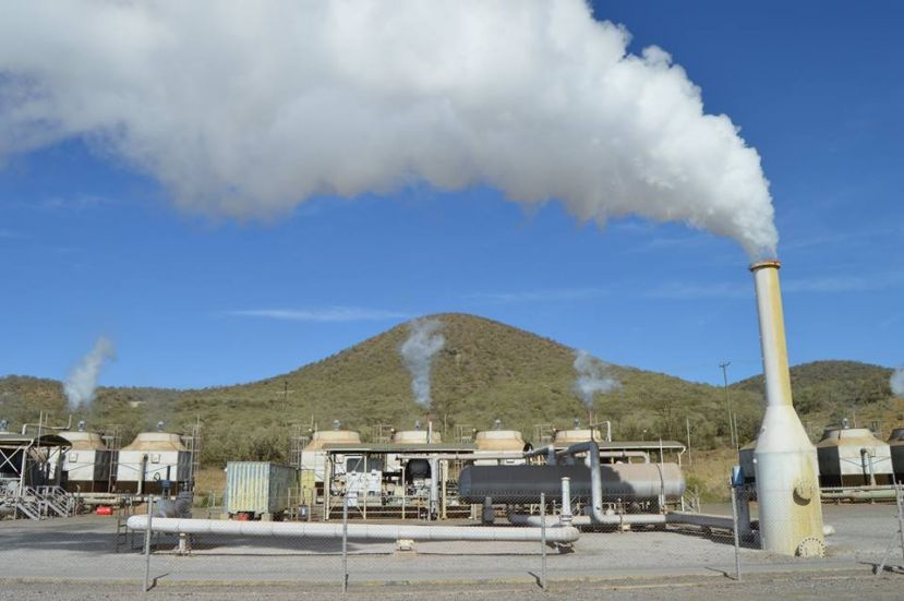 Energy Ministry Tours Kenyan Geothermal Plant