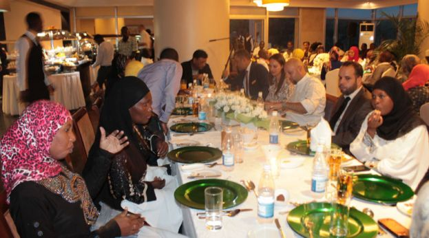 Sheraton Hotel Hosts Muslim At Iftar Diner